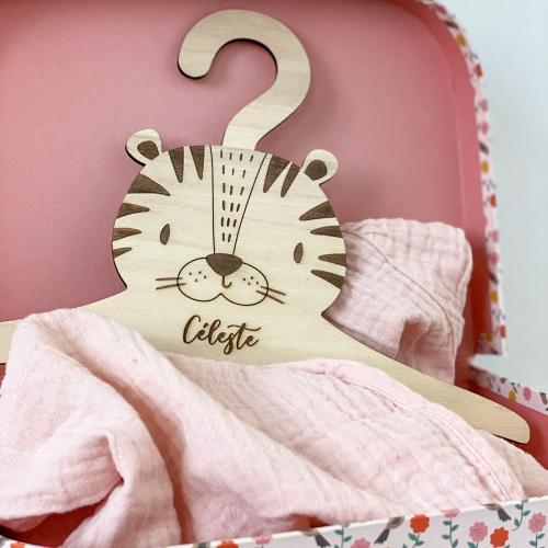 Cintre tigre pour bébé